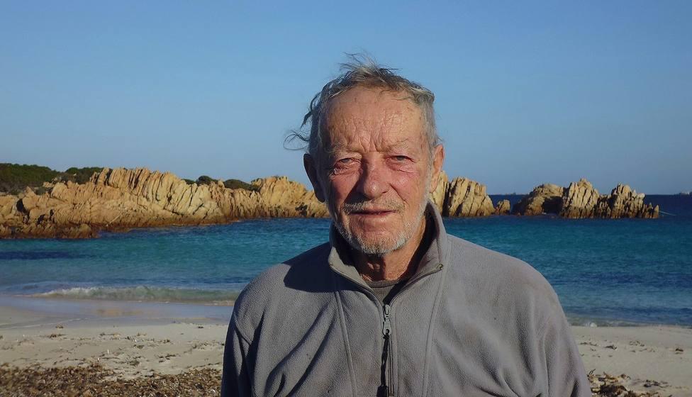 Mauro Morandi en una foto en la isla