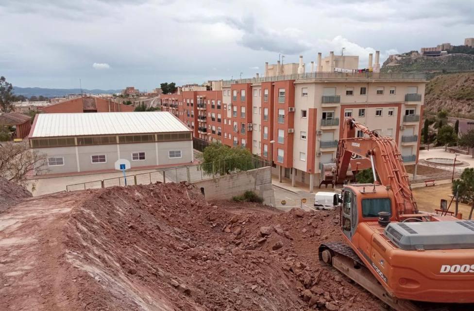 Finalizados los trabajos de emergencia para consolidar el talud de la Calle Abellaneda