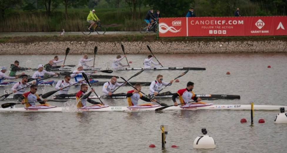 Los 4 fantásticos del K4 500 se cuelgan la medalla de oro en Szeged