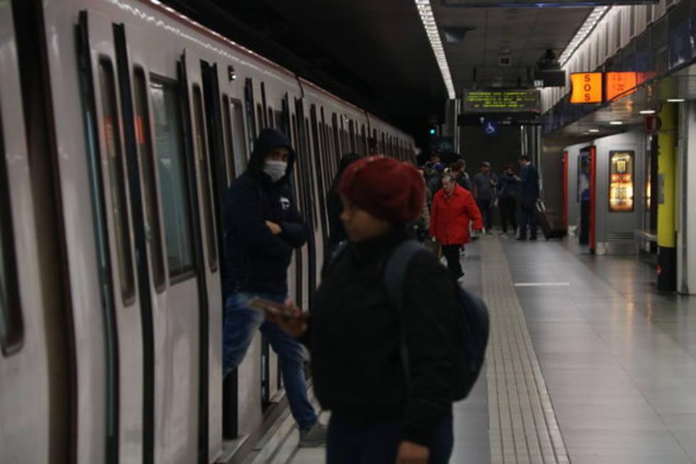 La nueva estación de metro Ernest Lluch de la L5 entrará en servicio este domingo