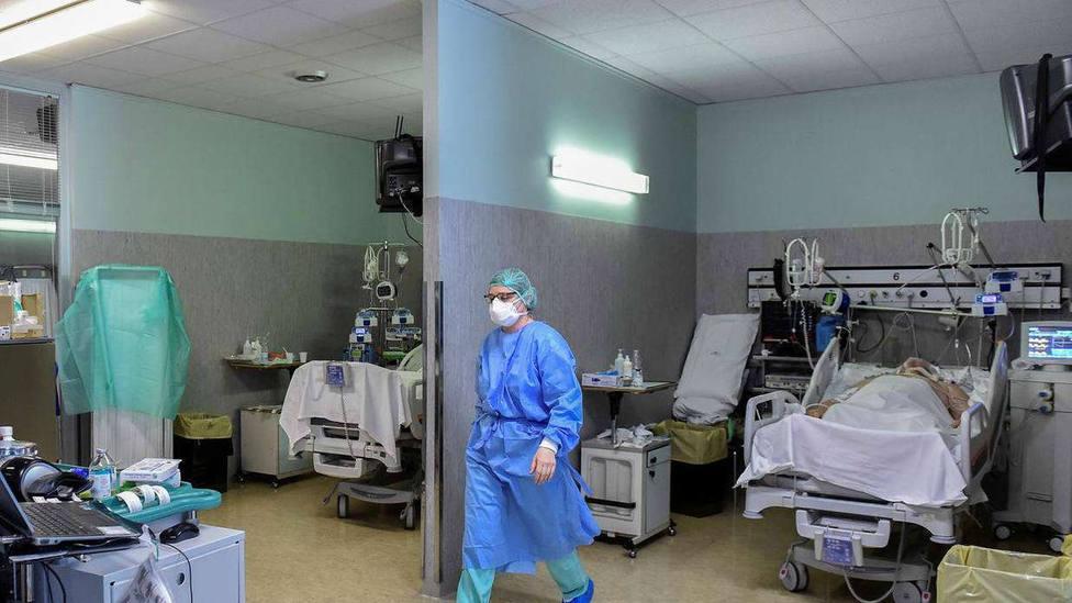 A la vez que bajan los contagios en Madrid, sube la presión hospitalaria