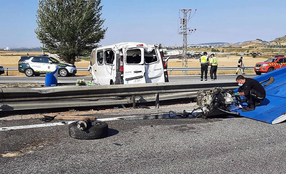 Un fallecido y tres heridos en un accidente de tráfico en la AP-1 en Orbaneja Riopico (Burgos)