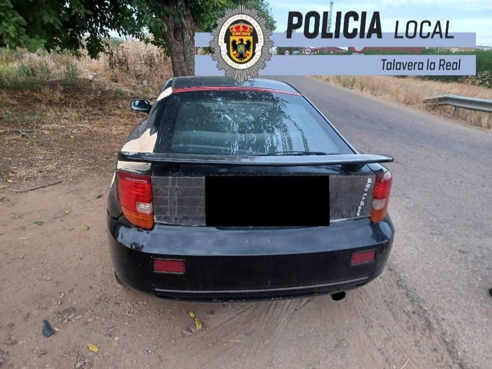 Sucesos.- Interceptado un conductor cuando circulaba por Talavera la Real sin puntos en el carné y tras condumir drogas