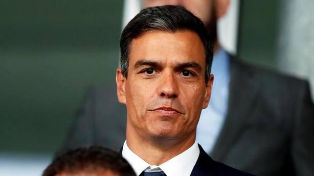 """Sánchez responde a la Fundación Franco por la """"suerte de amenaza"""""""