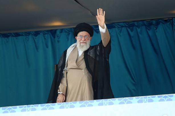 El líder supremo iraní: Muerte a Estados Unidos significa muerte a Trump, no a su pueblo