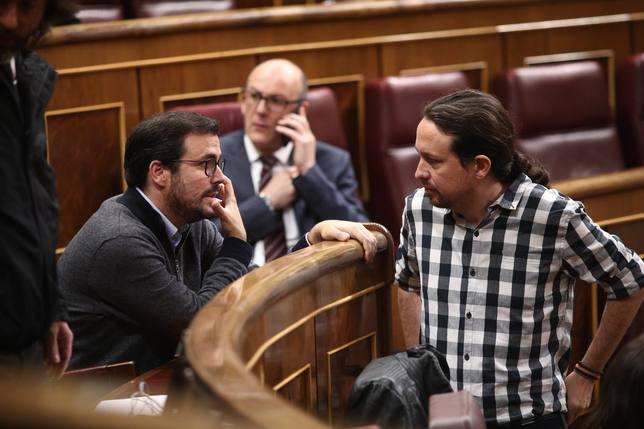 IU votará dentro de diez días si confluye o no con Podemos en las generales y se prepara para los dos escenarios