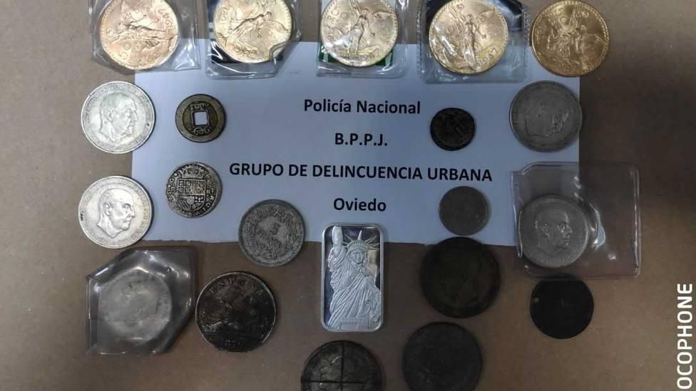 Detenida en Oviedo por robar monedas de oro por valor de 100.000 euros