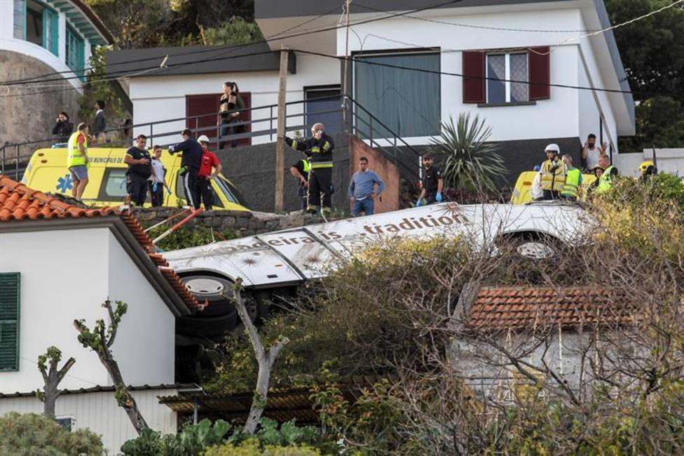 Al menos 28 muertos en un accidente de autobús en Portugal