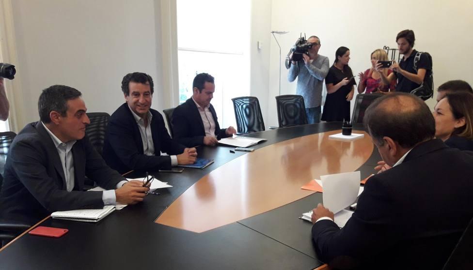 PP y Cs firman un acuerdo en Baleares como paso previo para pactos en municipios y Consells