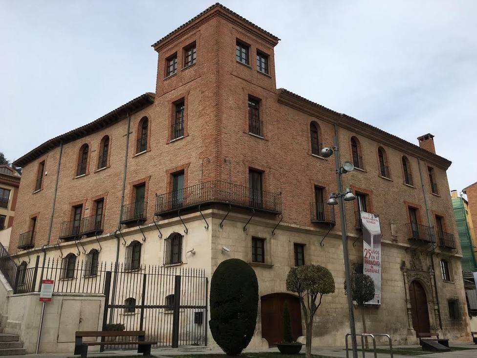Palacio de Castilfalé, hoy sede del Archivo Municipal de Burgos, lugar de inspiración para Antonio Valdés