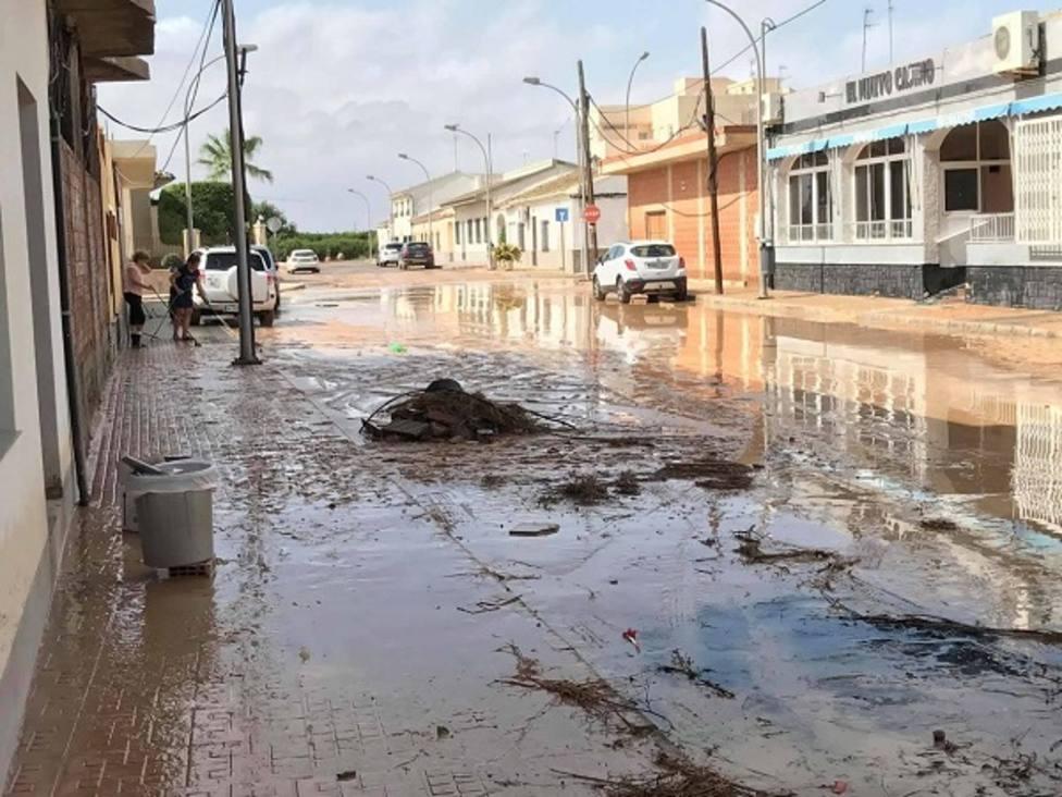 Desalojadas 75 personas en San Javier que fueron trasladadas al pabellón deportivo