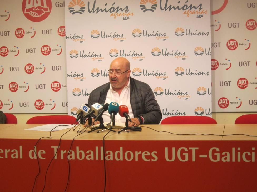 Ganaderos gallegos se manifiestan en A Coruña contra el uso de la leche como producto reclamo