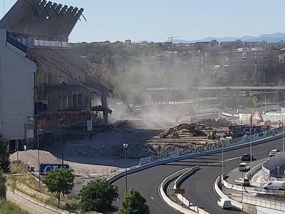 El estadio Calderón será polvo y recuerdo en solo dos semanas