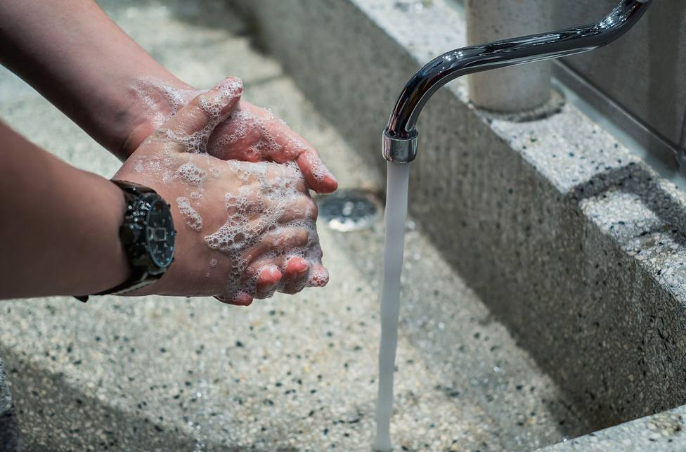 El lavado frecuente de manos es una buena medida para evitar contagios