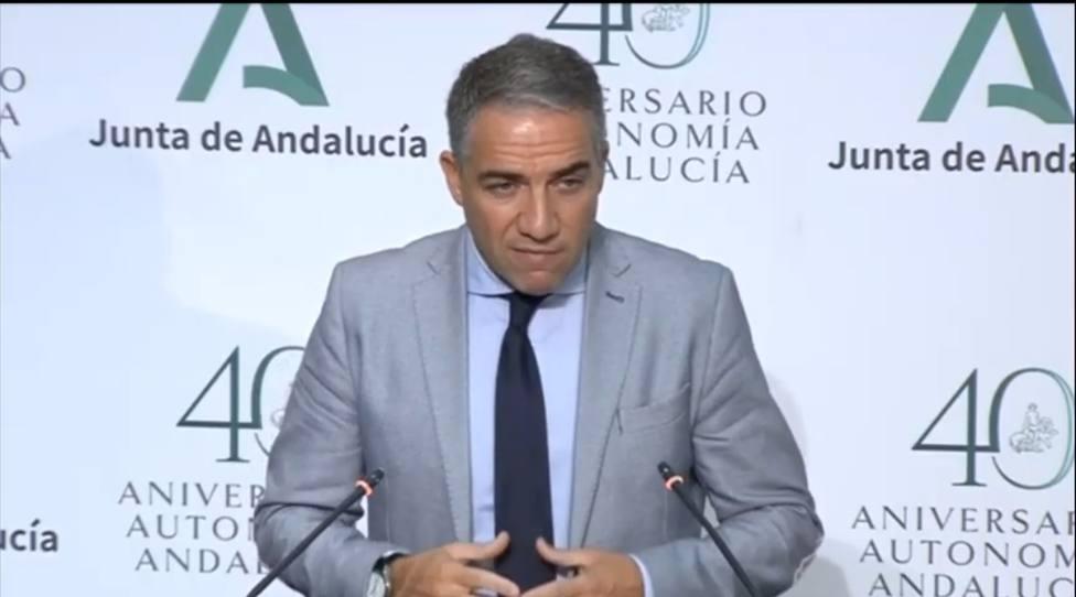 Suspenden las clases presenciales en la Universidad de Granada e imponen horario reducido en colegios mayores