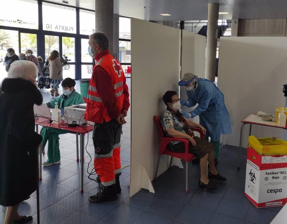 El calendario de vacunación continúa con mayores de 80 años en Logroño y la segunda dosis en Nájera y Arnedo