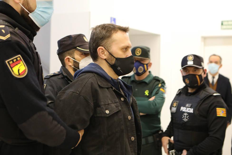 Igor El ruso inutilizó el arma de uno de los dos guardias civiles a los que abatió en Andorra