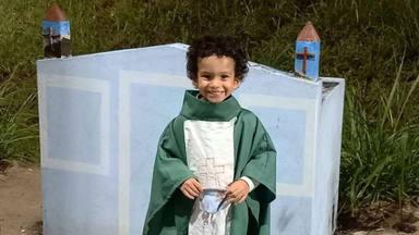 Gabriel, el pequeño que nació con hidrocefalia y que conmueve las redes