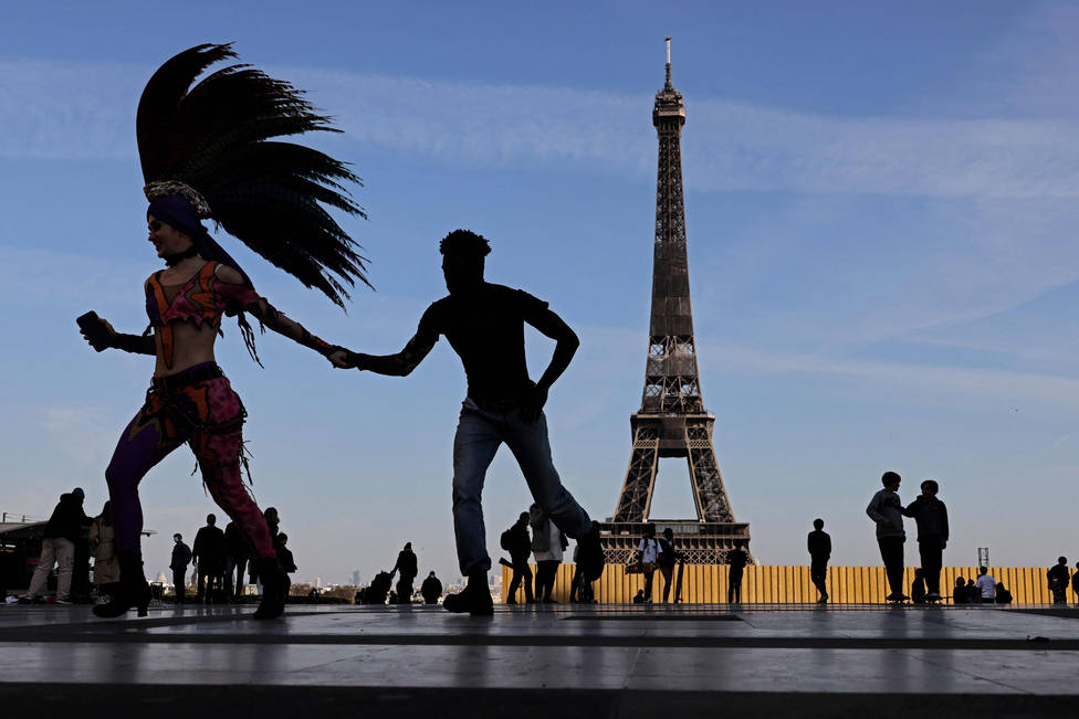 Francia supera los 30 millones de vacunados con al menos una dosis