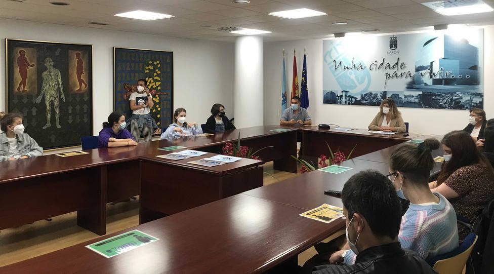 Presentación del videoclip en el Concello de Narón. FOTO: Concello Narón