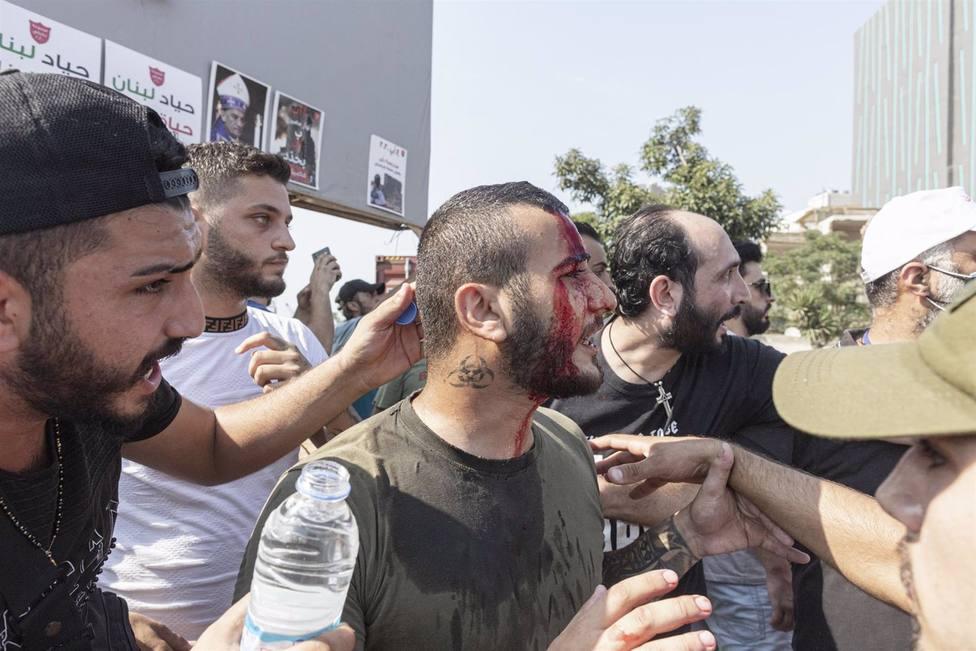 Decenas de heridos en Líbano durante las protestas por las explosiones en Beirut
