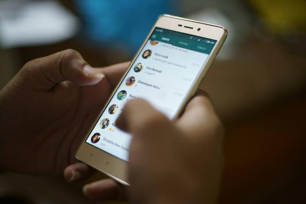 Así vas a poder ocultar tu hora de última conexión a contactos concretos de WhatsApp