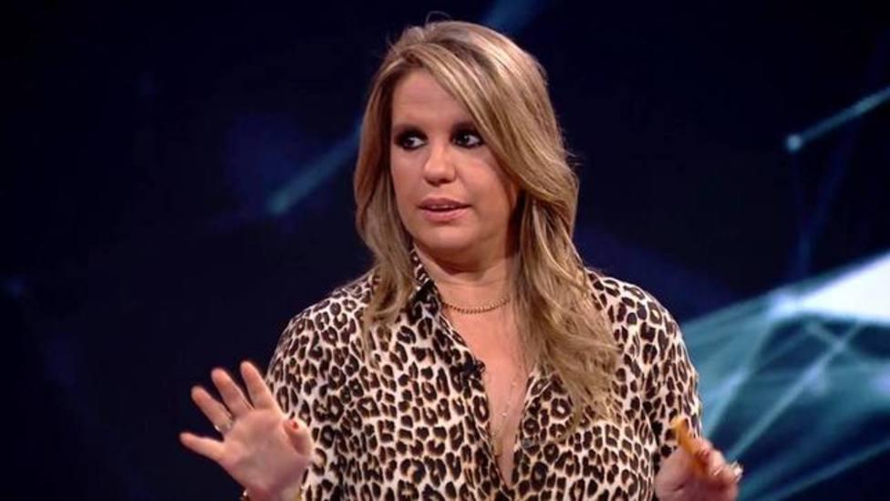 Carmen Porter sorprende a los fans de Horizonte y Cuarto Milenio mientras graba el plató durante la publicidad