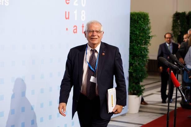 Borrell no descarta que España tenga que estar en otro huso horario