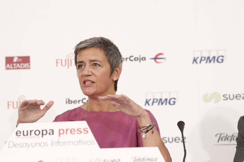 (AMP) Vestager afirma que le gustaría repetir como comisaria de Competencia