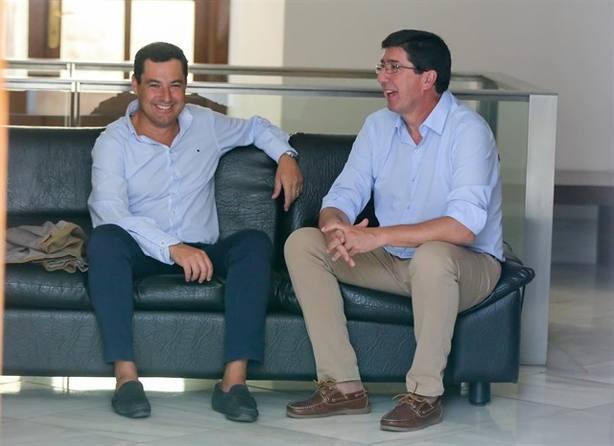 PP y Cs afrontan con prudente optimismo su primera reunión para formar Gobierno en Andalucía