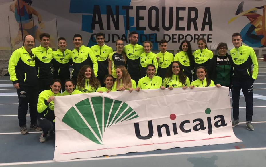 Unicaja femenino subcampeón de Andalucía Sub, 20 en pista cubierta