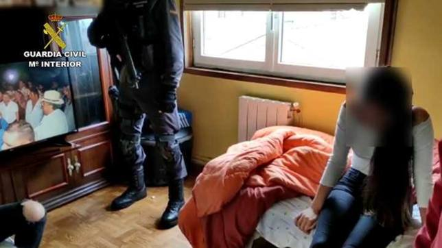 La Guardia Civil ha liberado a una menor retenida por su novio y los padres de este