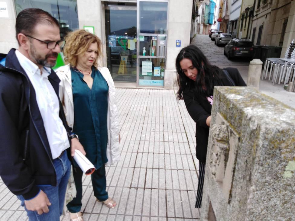 Ángel Mato, Maite Deus y Eva Martínez en Ferrol Vello - FOTO: Concello de Ferrol