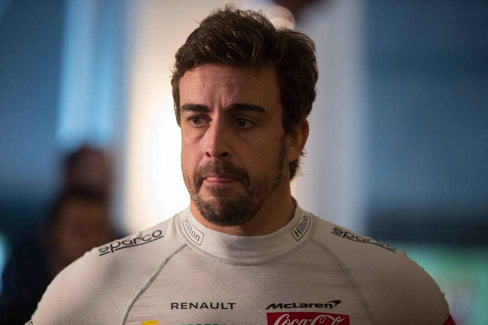Fernando Alonso meet and greet in Sao Paulo