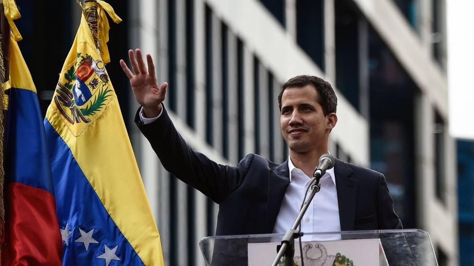 Guaidó vuelve a convocar protestas en Venezuela con Bolivia como ejemplo