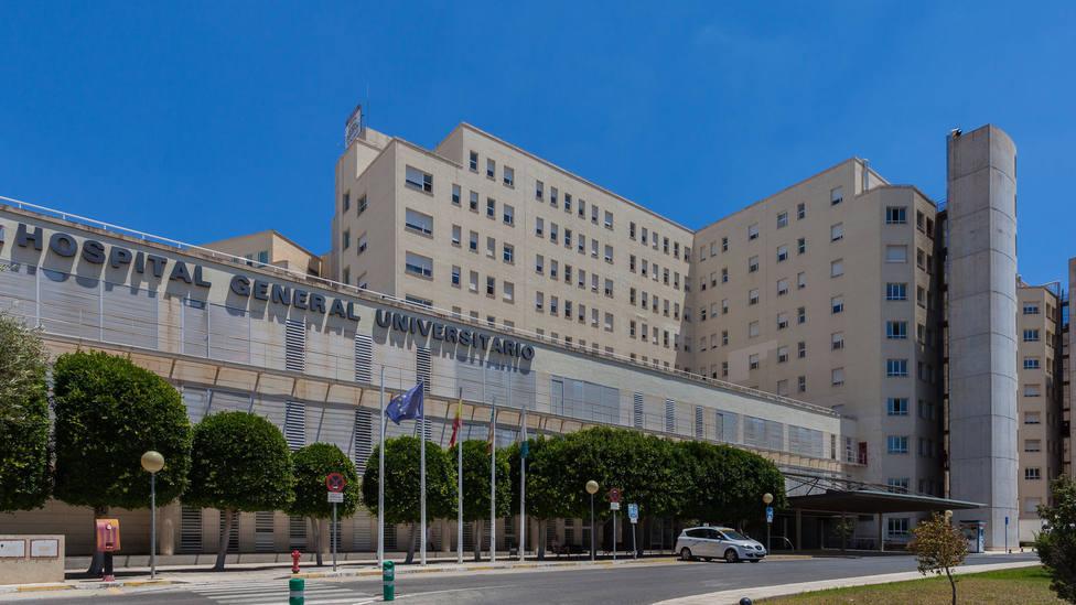 Imagen de archivo de la fachada del Hospital General de Alicante