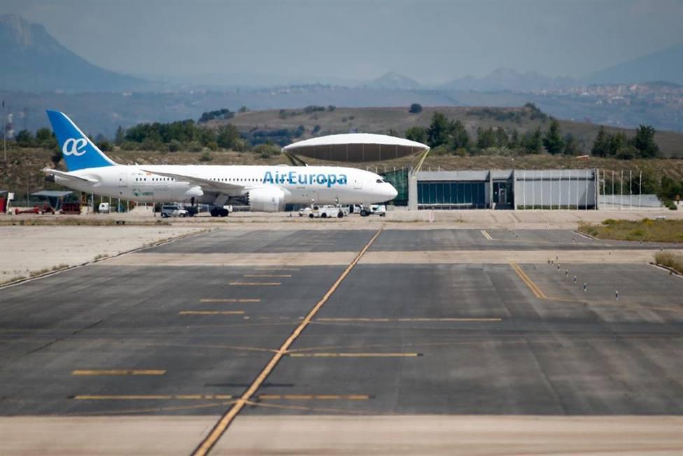 Un pasajero obliga a desviar un vuelo al aeropuerto de Málaga al negarse a usar mascarilla