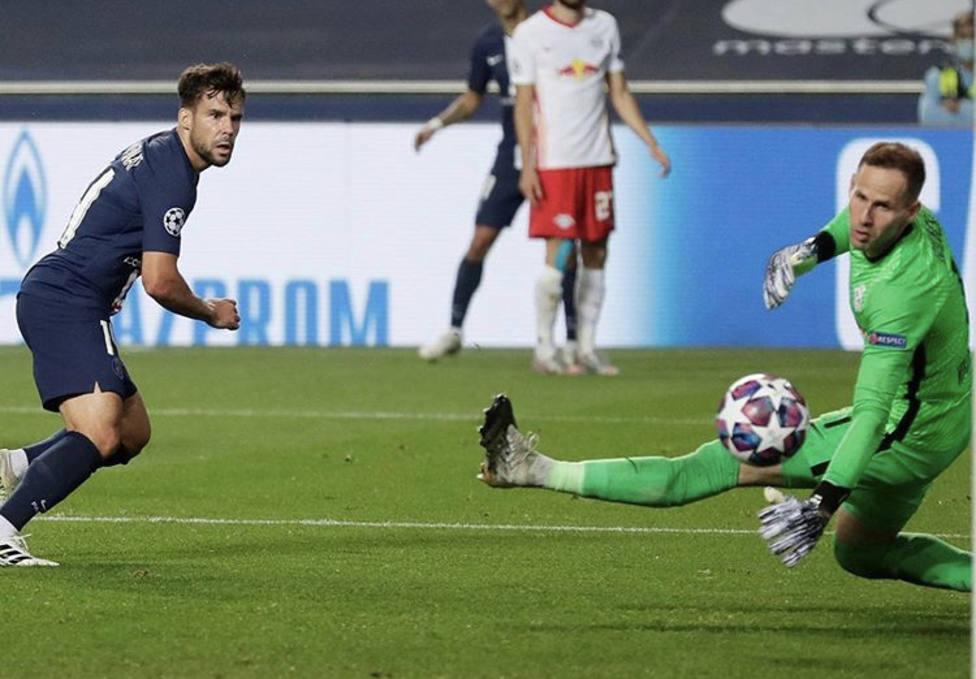 Imagen del gol de Bernat al Lepizig en semifinales