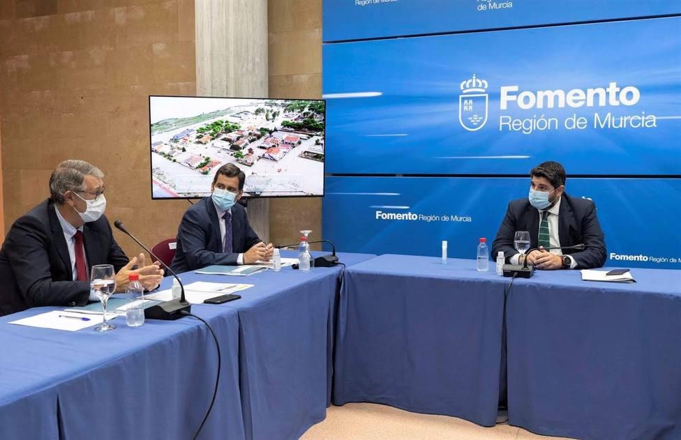 López Miras preside la reunión de coordinación interadministrativa para prevenir inundaciones en la Región