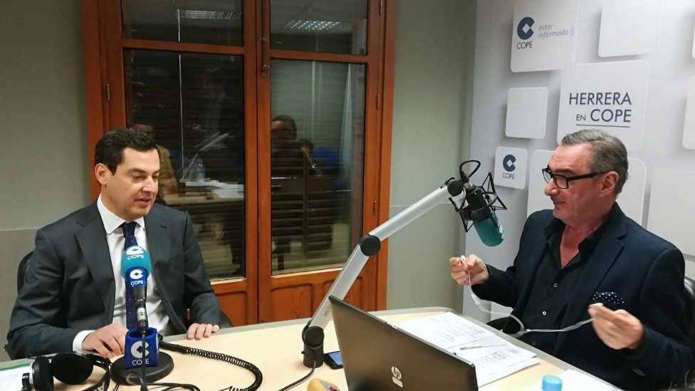 Herrera entrevista a Moreno Bonilla este martes en COPE, tras la conferencia de presidentes autonómicos