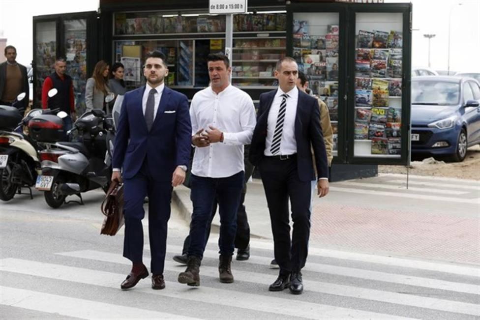 El juez mantiene la suspensión de la pena de prisión para el dueño de la parcela en la que murió Julen