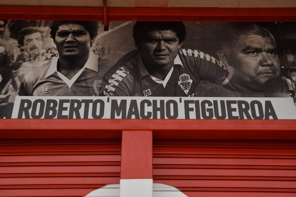 Roberto Macho Figueroa ya tiene su puerta en el Enrique Roca Murcia