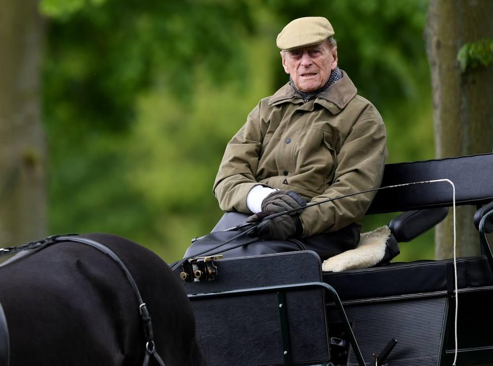El duque de Edimburgo, sometido a un exitoso procedimiento por un problema cardiaco preexistente
