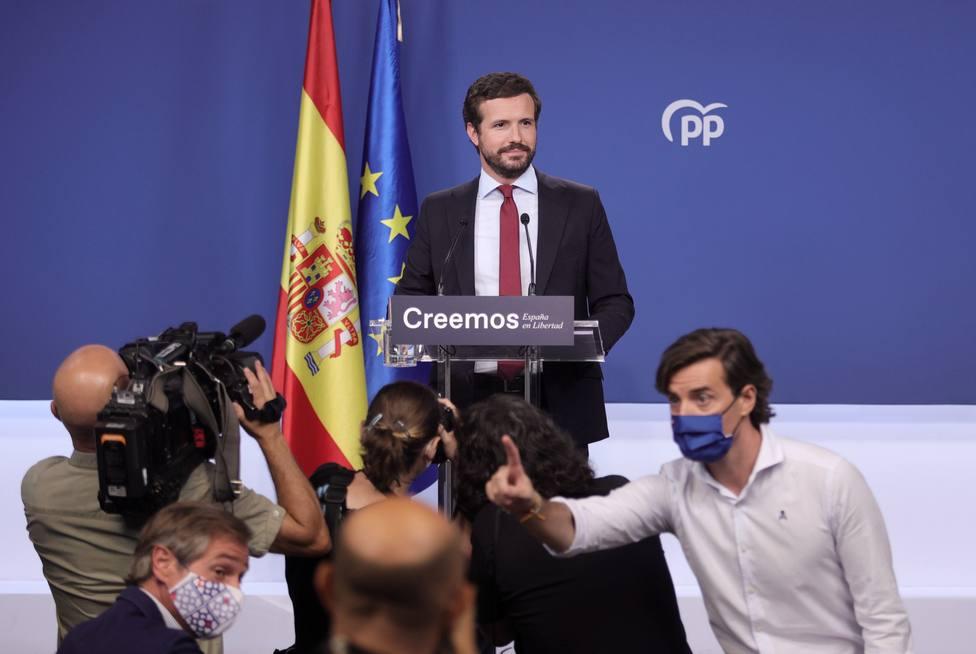 Casado responde a Sánchez con una analogía olímpica: medalla de oro en destrucción de la economía