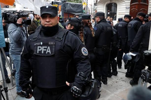 Detienen a un exjuez en Argentina acusado de proteger a una banda criminal