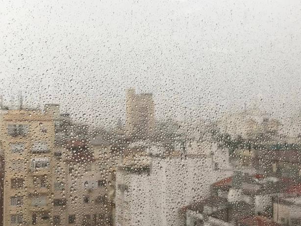 Las primeras lluvias de este domingo dejan mas de 40 litros por metro cuadrado en lHorta Sud y cerca de 20 en Valencia