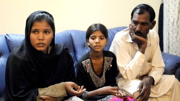Las hijas de Asia Bibi, en la imagen, no van a ver a su madre en Navidad