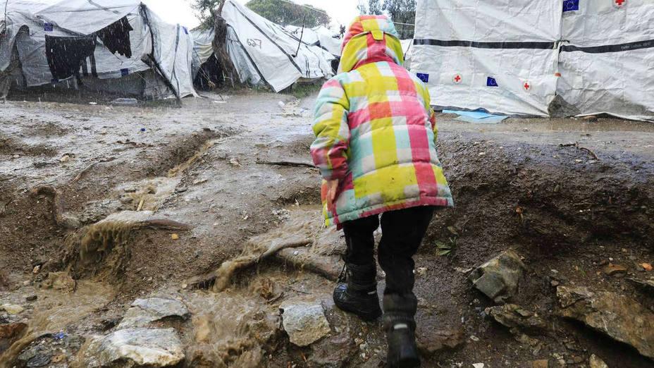 Oxfam denuncia el abandono de cientos de solicitantes de asilo vulnerables en Lesbos