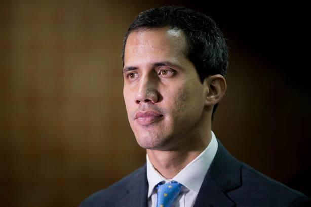 Guaidó acusa a los militares de sostener al dictador Nicolás Maduro