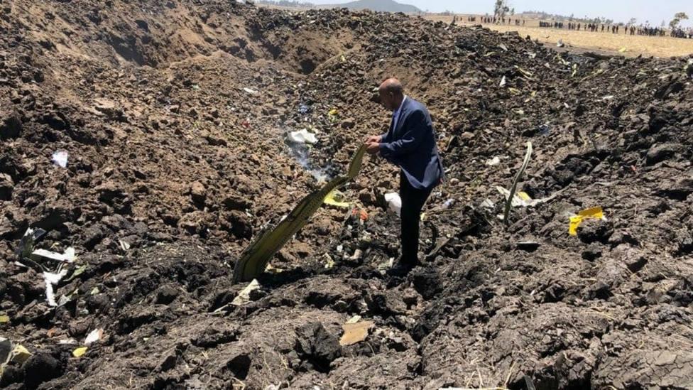 Imágenes del lugar donde se ha estrellado el avión de Etiopía